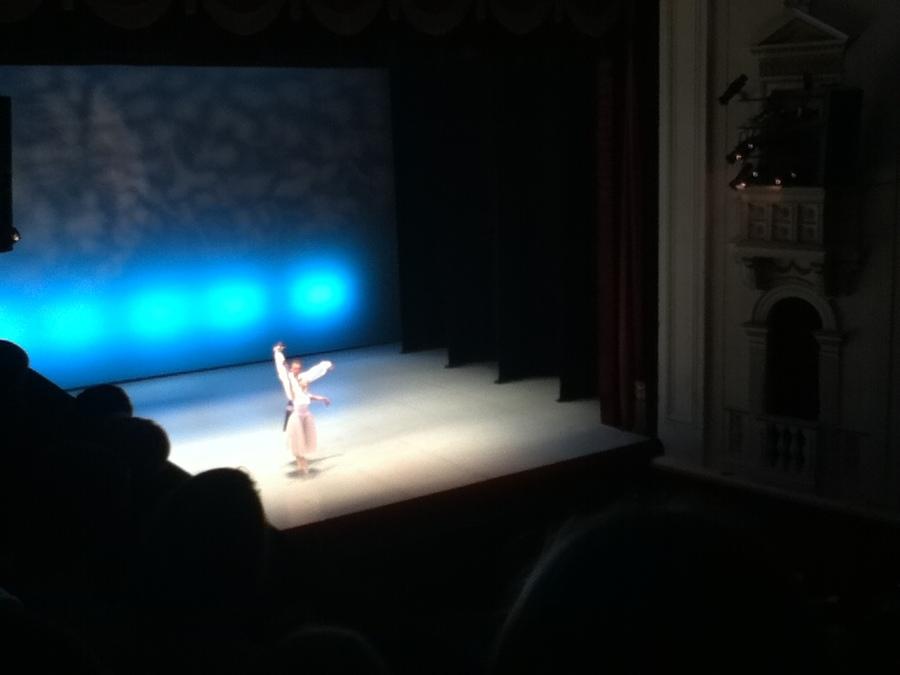 И даже в области балета мы впереди... - фото 12