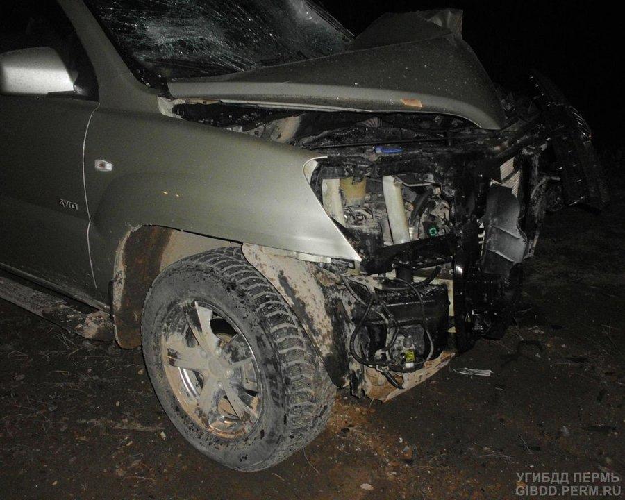 В Усольском районе в лобовом столкновении погиб водитель ВАЗа