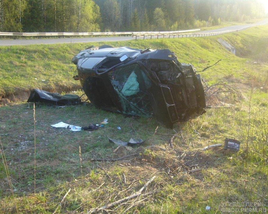 В Горнозаводском районе в ДТП два человека погибли, двое ранены