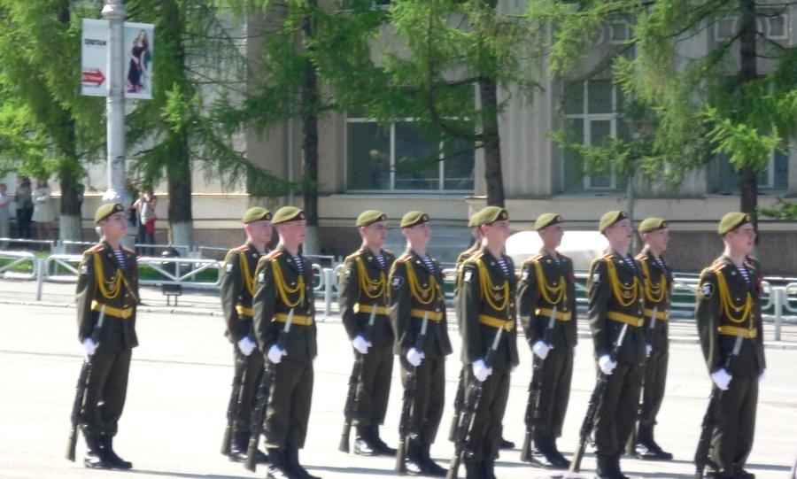 В Перми журналисты не дали ветеранам посмотреть парад Победы - фото 11