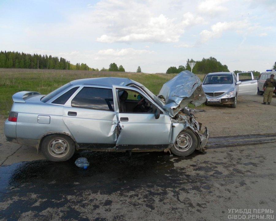 В Кунгурском районе пьяный водитель травмировал четверых - фото 1