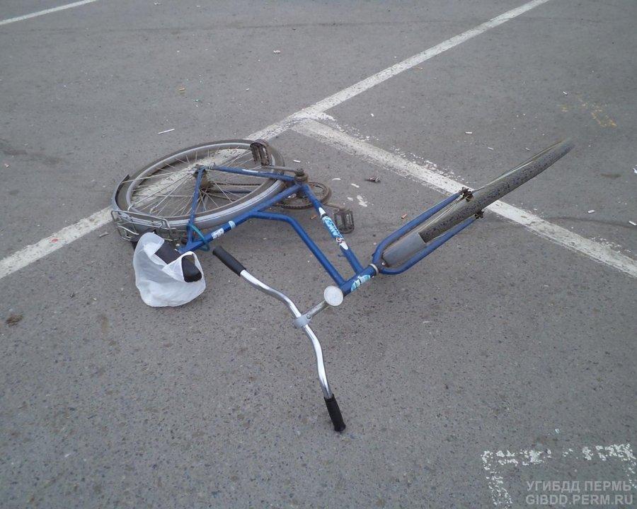 В центре Перми Форд Мондео сбил велосипедиста