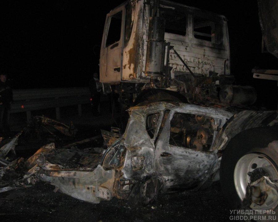 В Куединском районе в автоаварии погиб водитель, ранены три пассажира