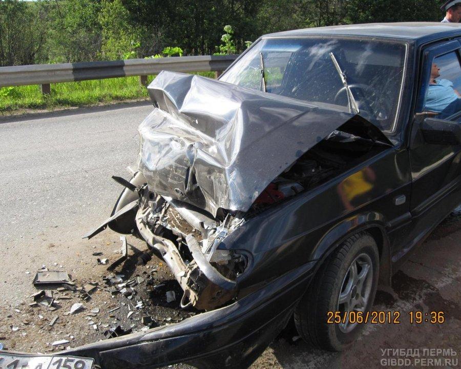 В Чернушинском районе женщина-водитель непредсказуемо выехала на «встречку»