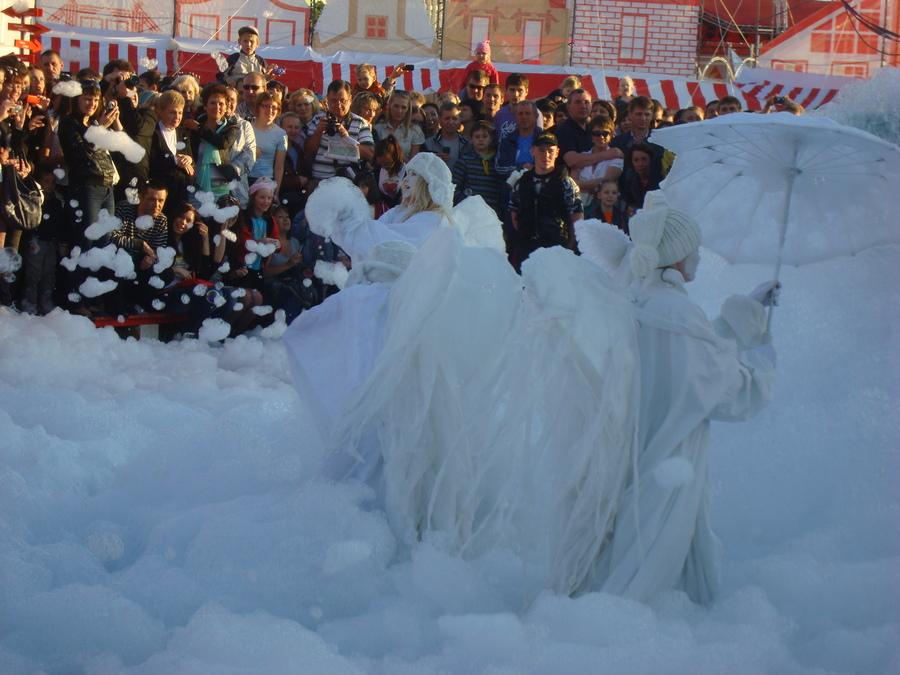 В Перми на фестивальной пощади дети объелись мыльными пузырями