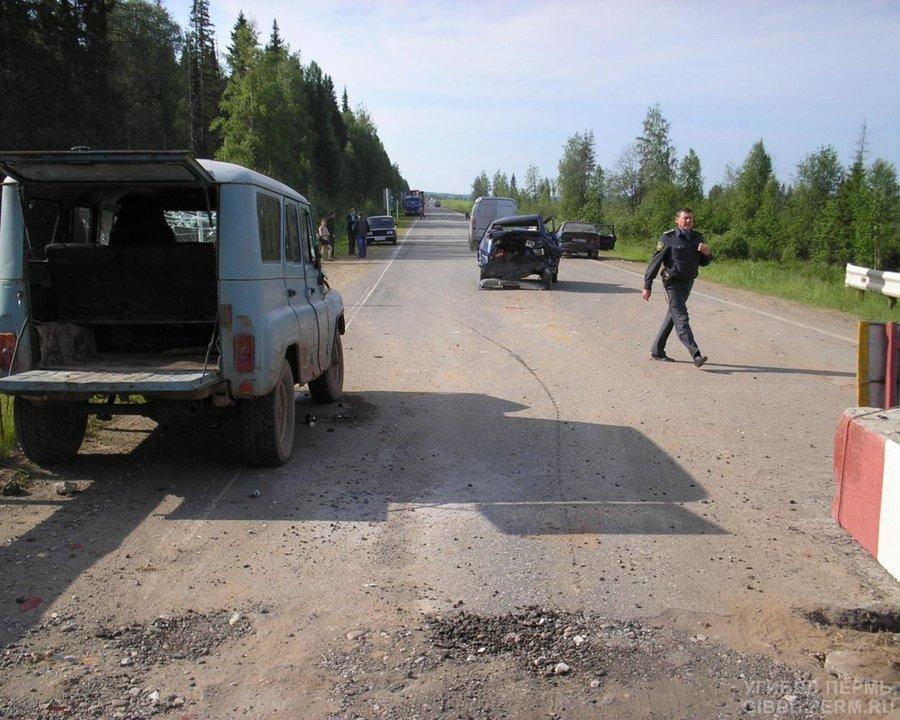В Осинском районе УАЗ не успел затормозить на мосту