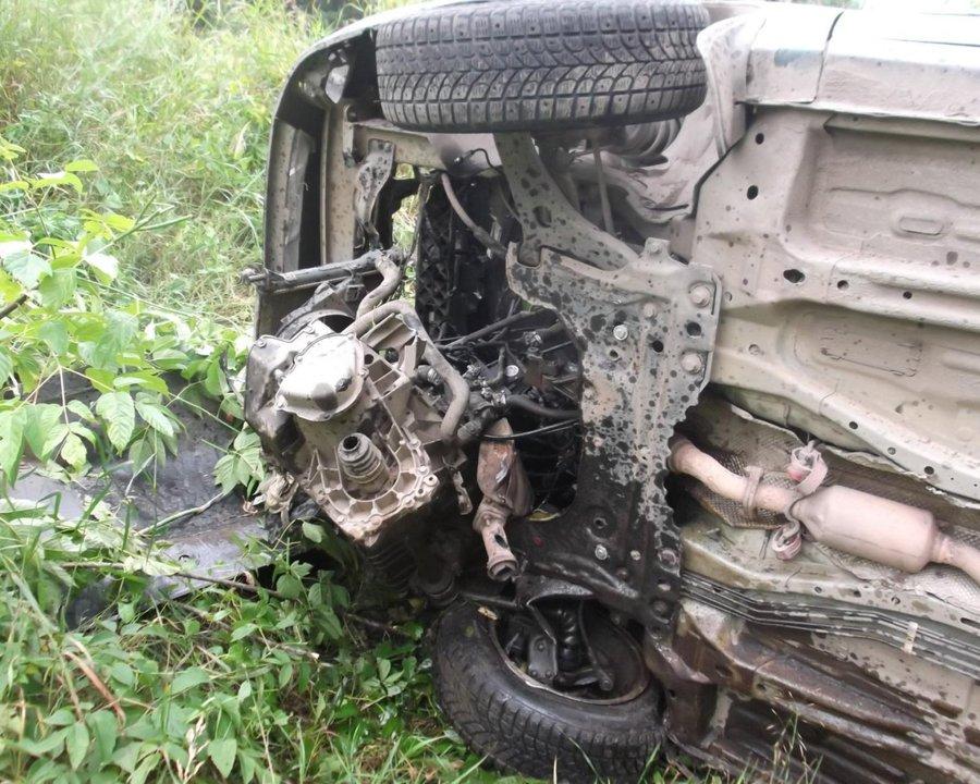 В Перми в перевернувшемся Форд Фокусе погиб пассажир