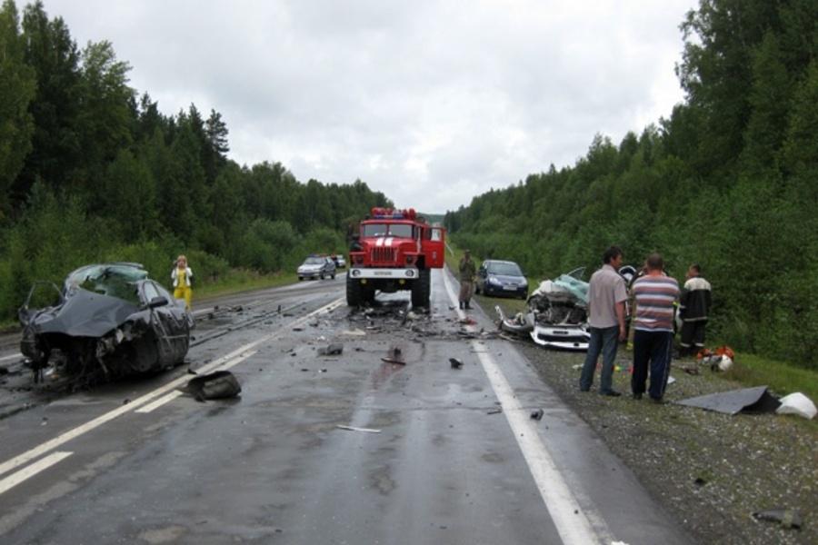 Два страшных ДТП произошло в Свердловской области - фото 1