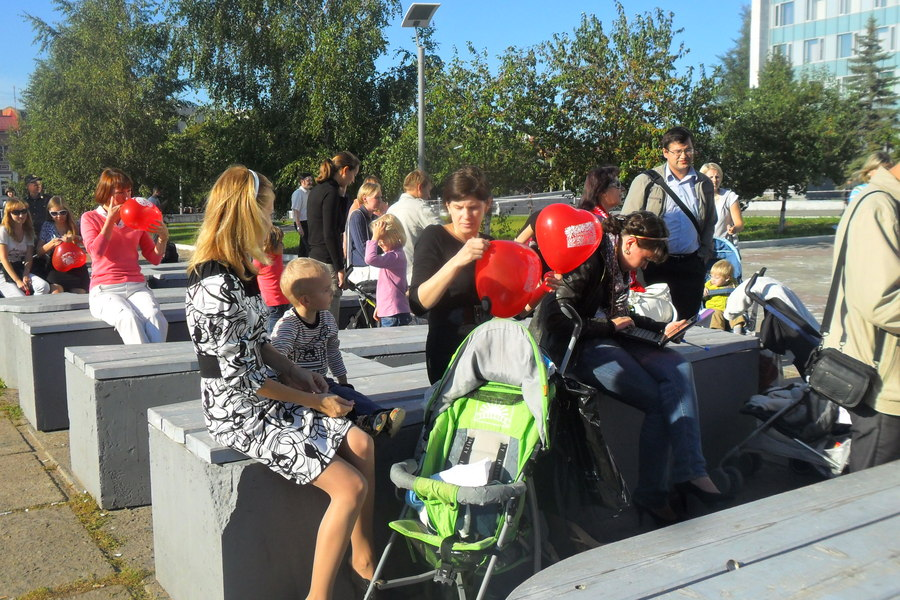 В Перми прошел пикет в защиту проекта «Мамин выбор»