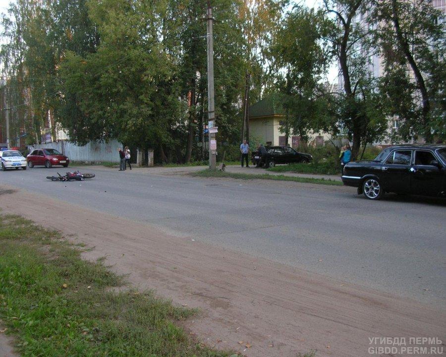 В Краснокамске мопед не уступил дорогу Волге - фото 1