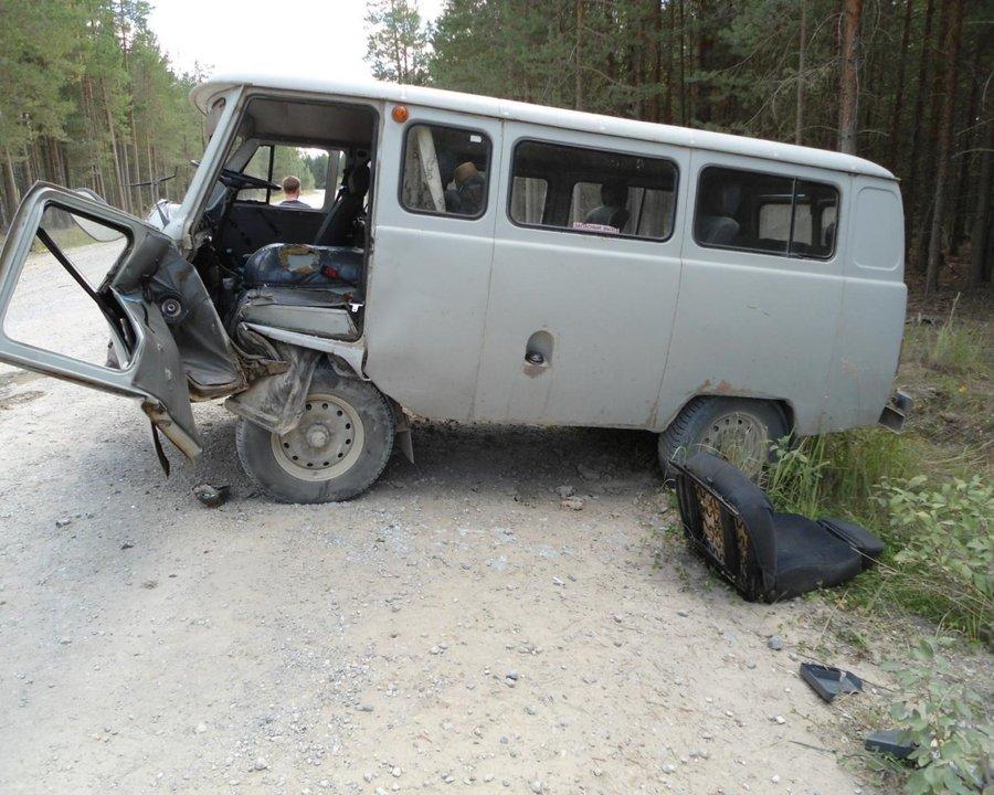 В Красновишерском районе «восьмерка» врезалась в УАЗ - фото 1