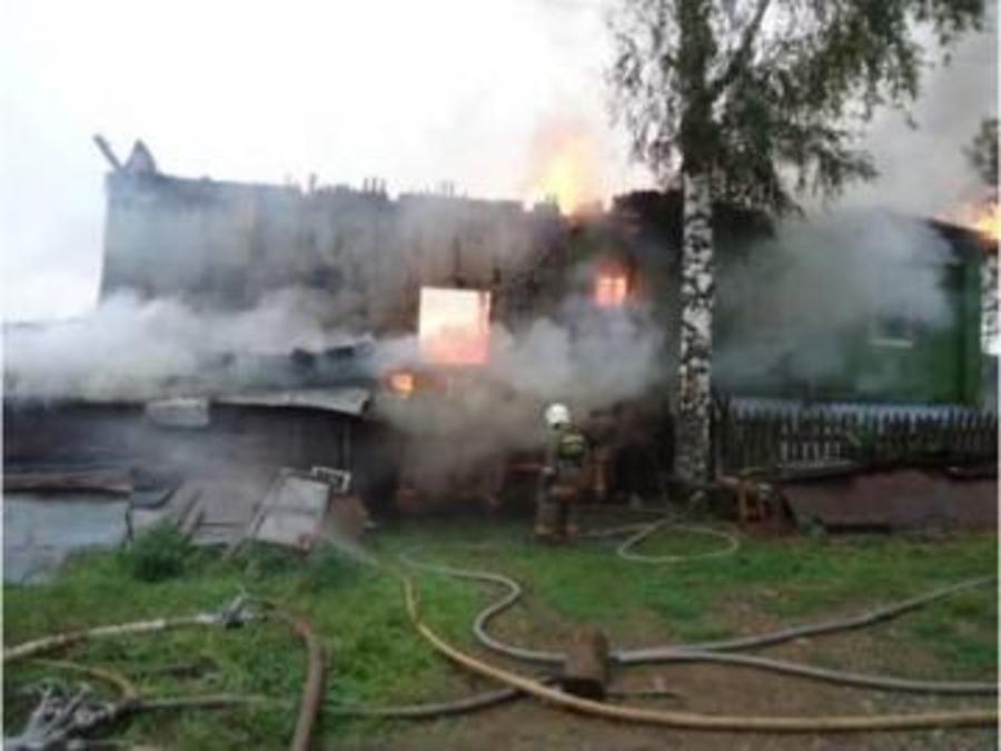 В Пермском крае в огне погибли мужчина и женщина