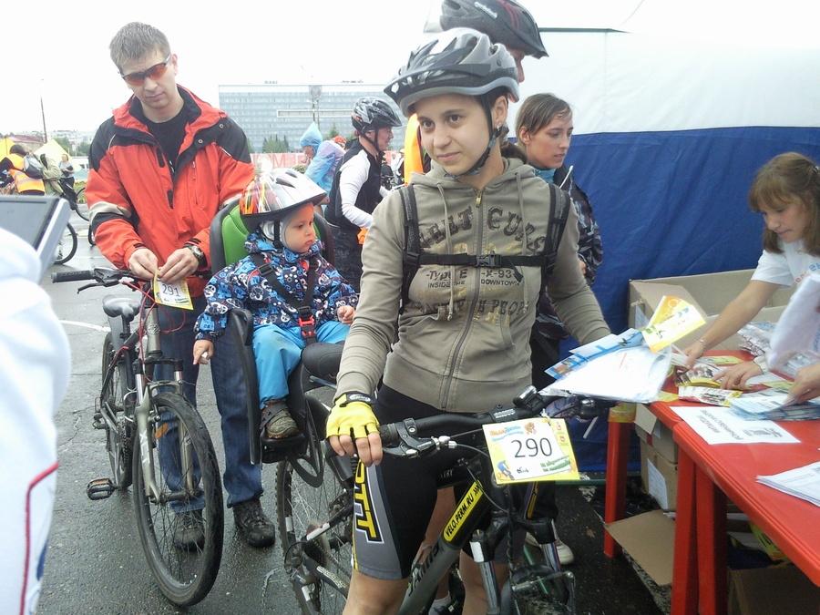 В Перми прошёл праздничный велопробег - фото 3