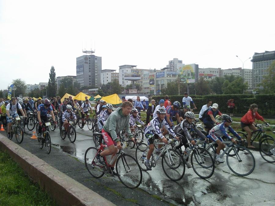 В Перми прошёл праздничный велопробег - фото 7