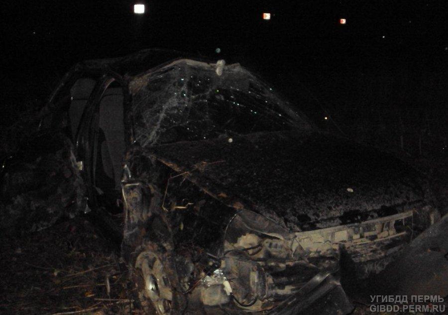 В Добрянском районе пьяный водитель перевернул автомобиль