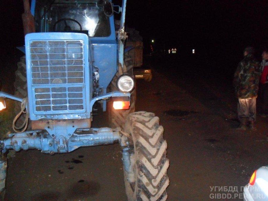 В Пермском районе человека задавило трактором
