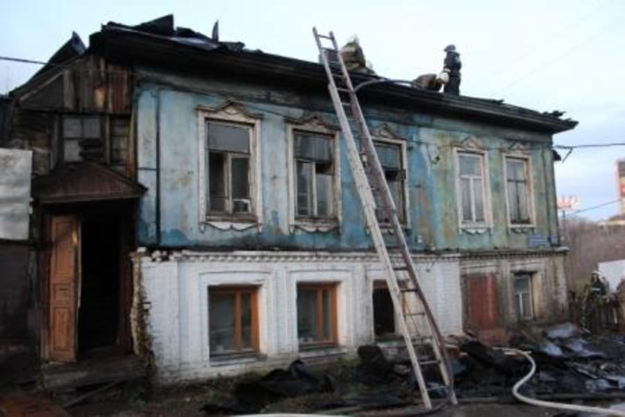 В микрорайоне Разгуляй в Перми произошел крупный пожар