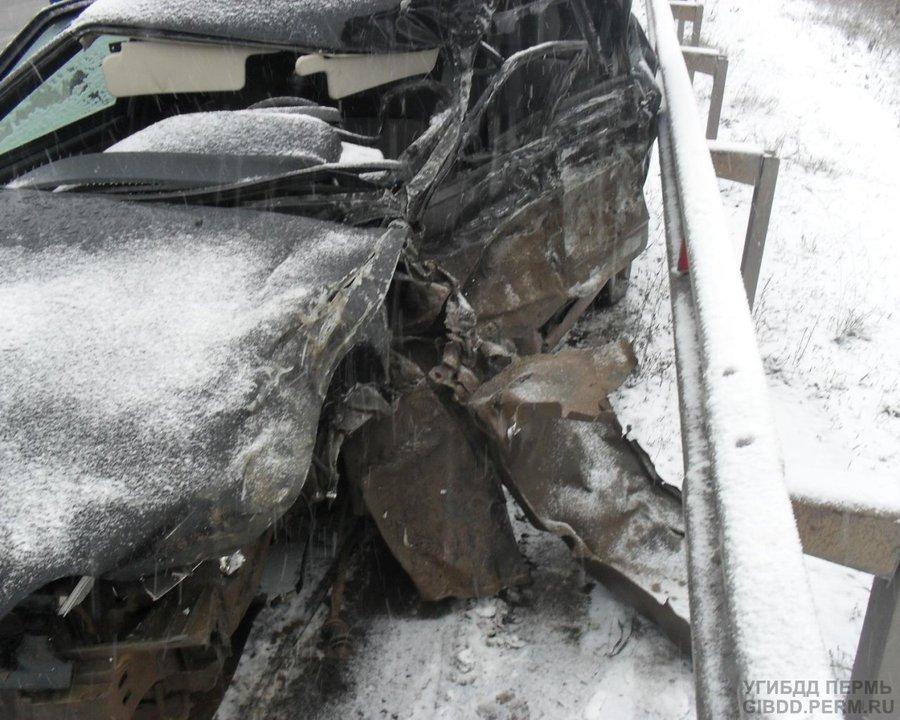 Пьяный водитель Шевроле Нива убил пассажира и покалечил водителя встречного автомобиля - фото 1