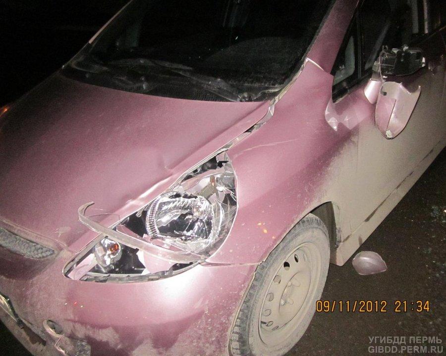 В Перми сбитого девушкой-водителем пенсионера затем переехали еще три автомобиля - фото 1