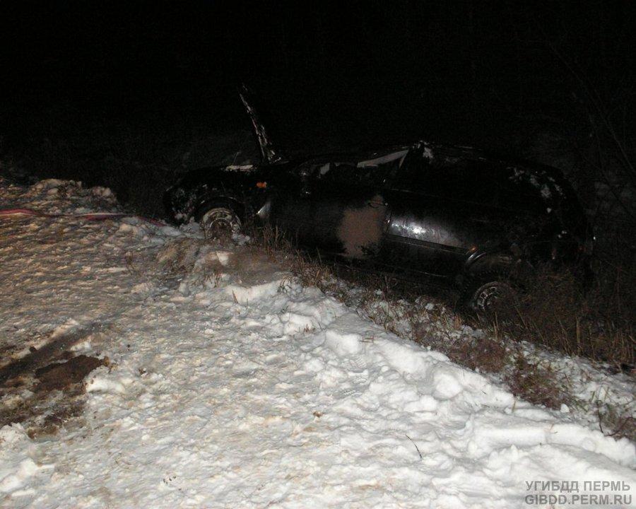 В Осинском районе в перевернувшейся Калине погибла девушка-водитель - фото 1