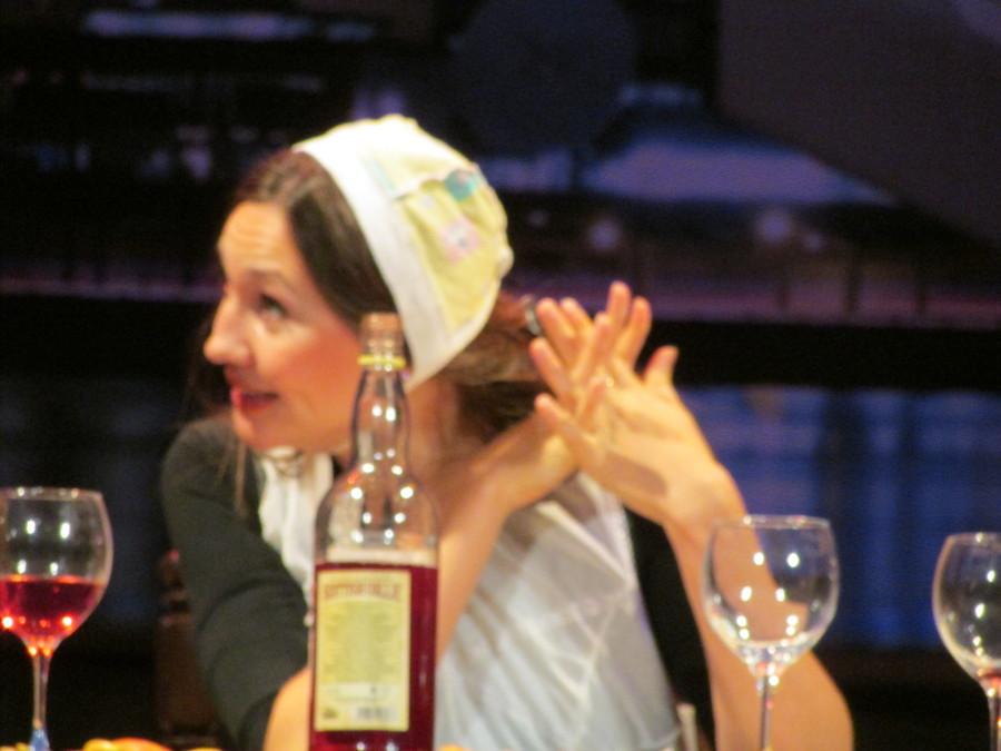 Березниковский драматический театр проводил гостей из Екатеринбурга