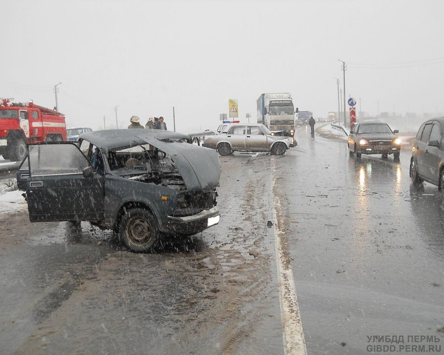 В Краснокамском районе столкнулись две «семерки»