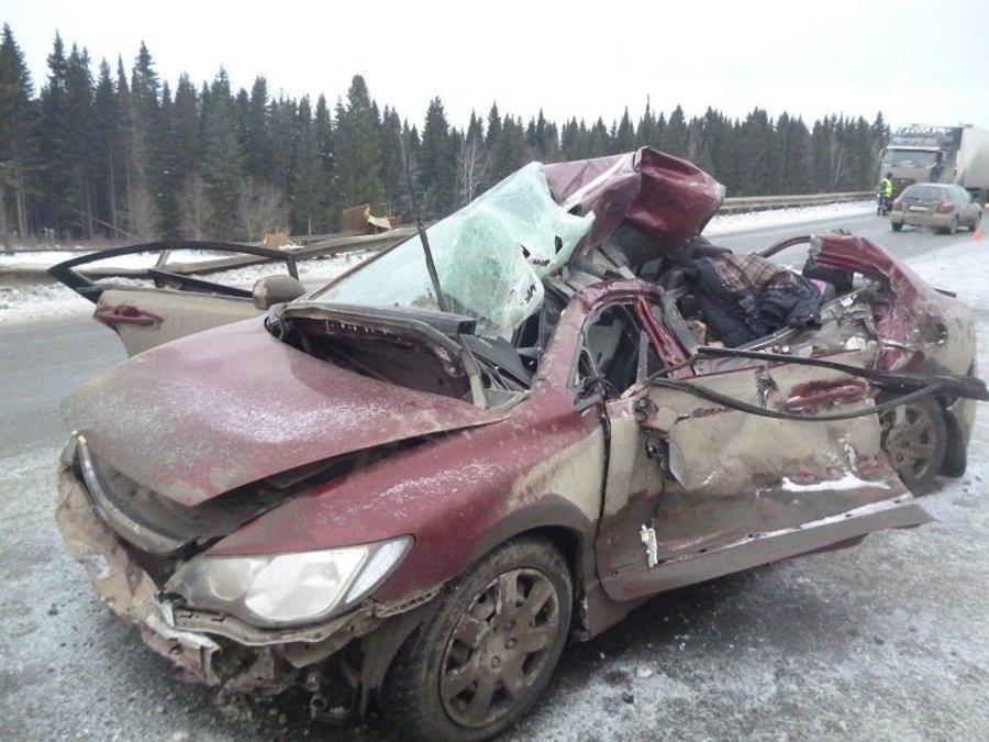 В Перми на Восточном обходе погиб пассажир Хонды - фото 1