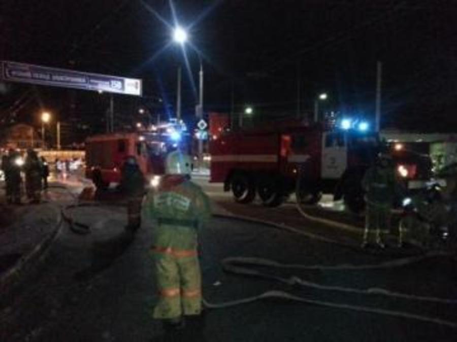 Сегодня утром в горящем доме в центре Перми погибли 4 человека - фото 1