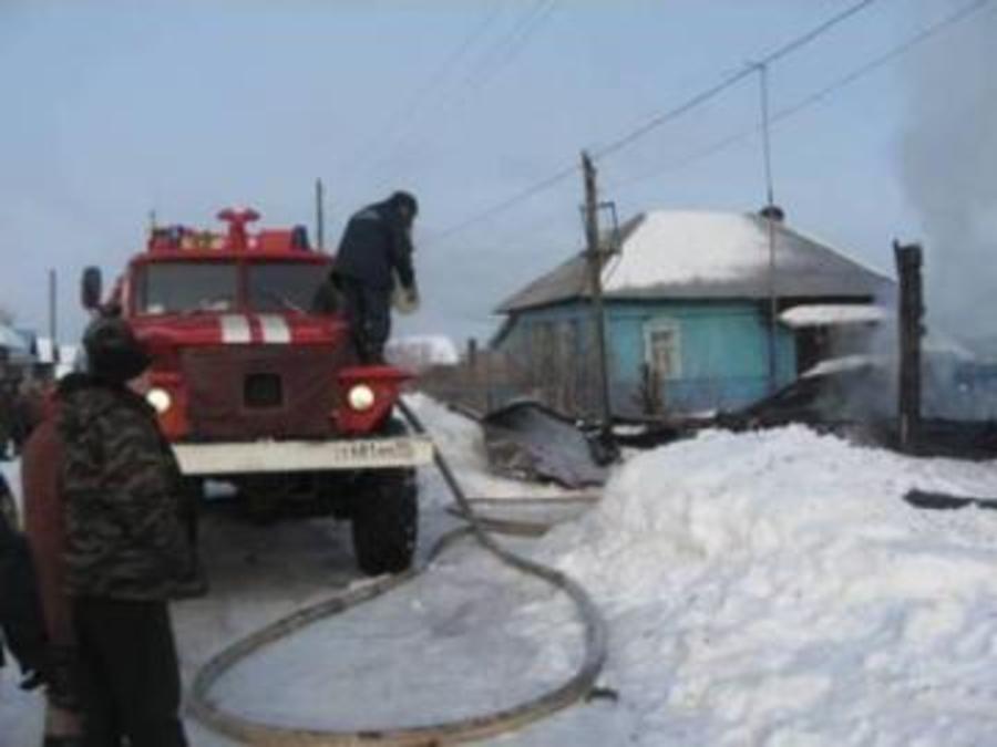 Сегодня в поселке Ильинский на пожаре погибли два человека