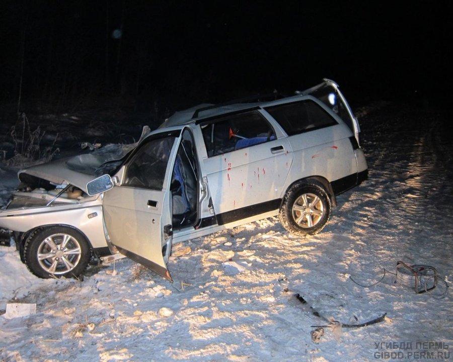 В Куединском районе в столкновении с Камазом погибли два человека - фото 1