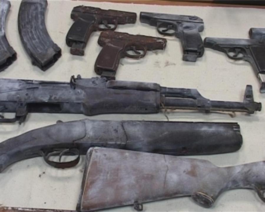 В Кировском районе Перми полицейские нашли тайник с оружием