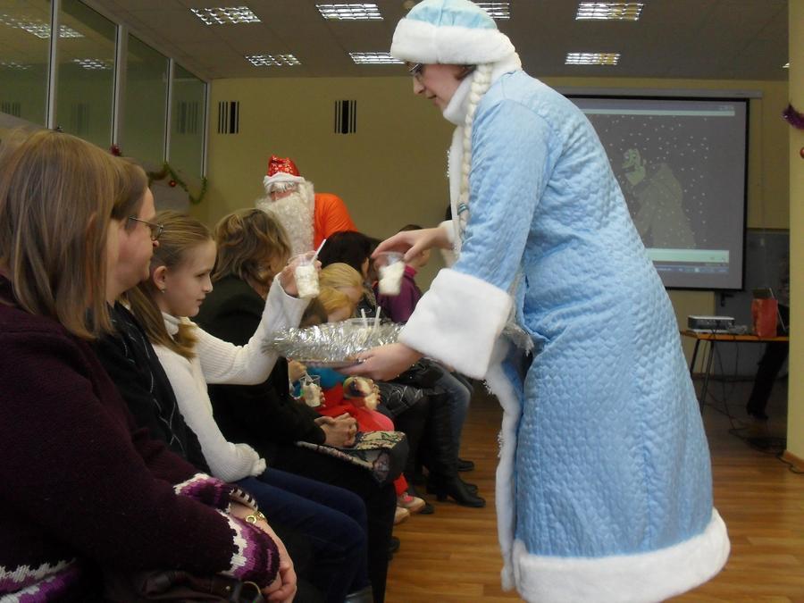 В пермской библиотеке отпраздновали Новый год и День холодильника - фото 14