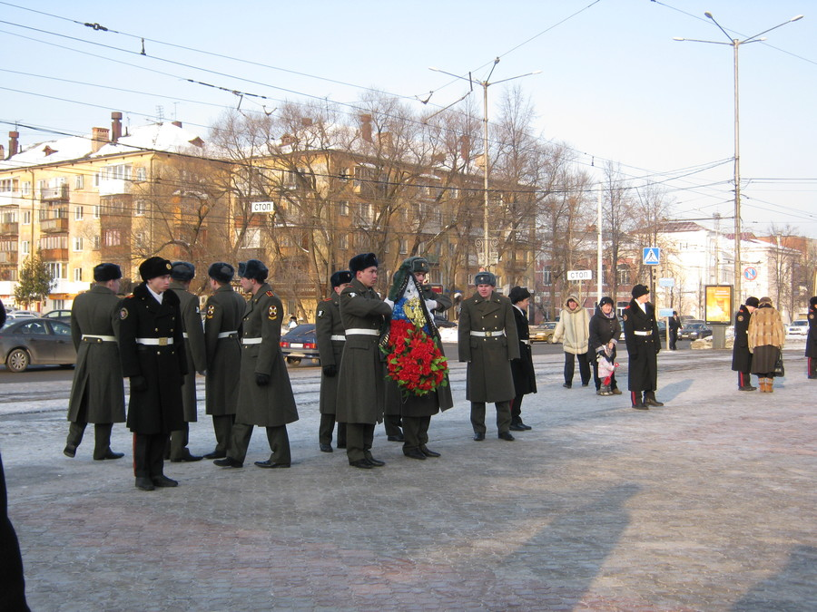 В Перми отдали дань уважения и памяти защитников Отечества - фото 32