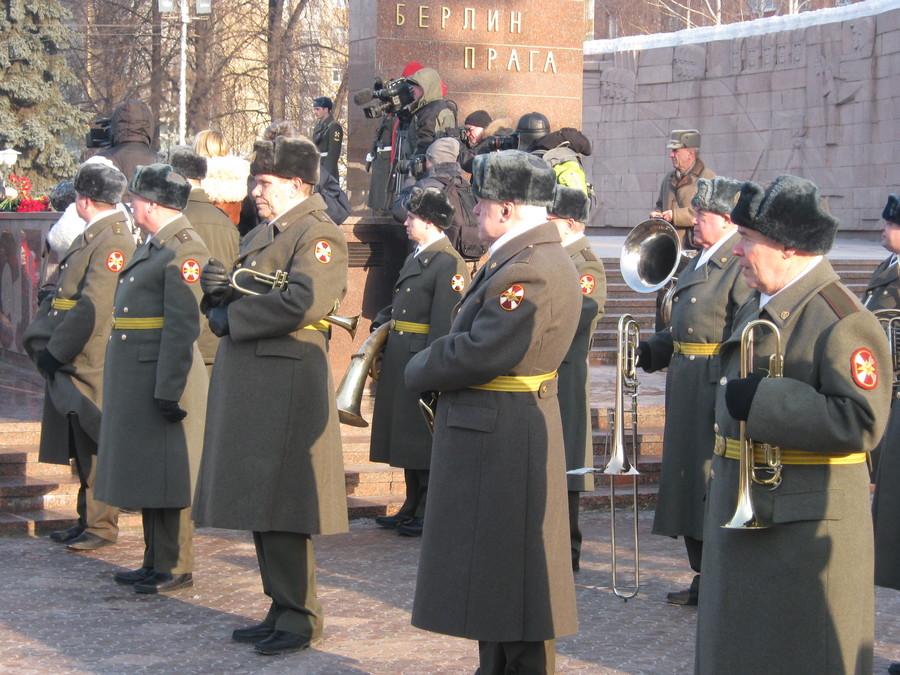 В Перми отдали дань уважения и памяти защитников Отечества - фото 5