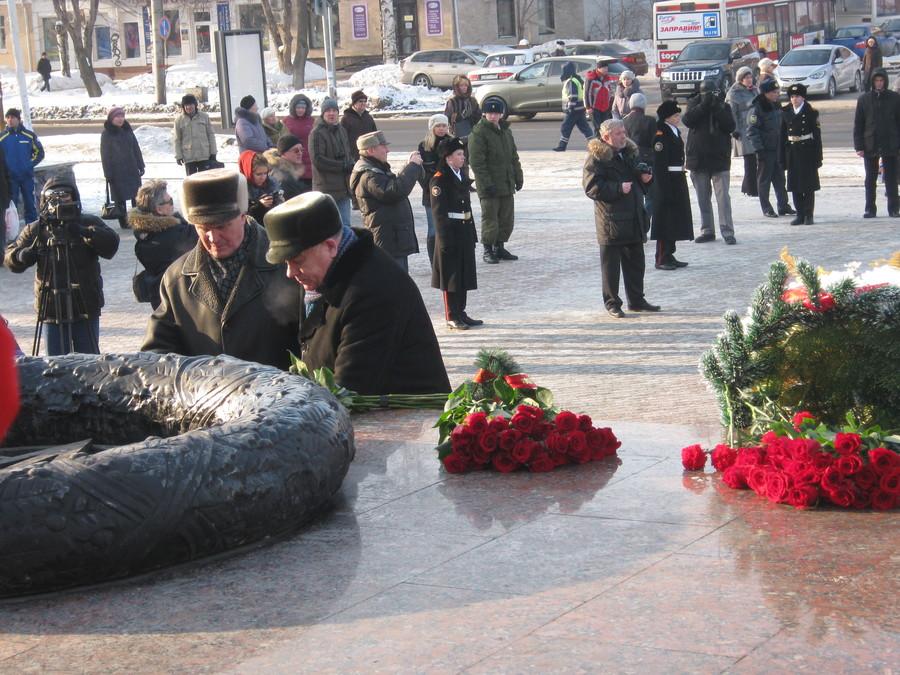 В Перми отдали дань уважения и памяти защитников Отечества - фото 36