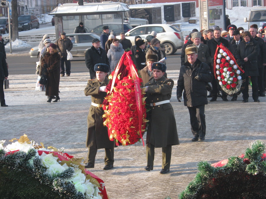 В Перми отдали дань уважения и памяти защитников Отечества - фото 38