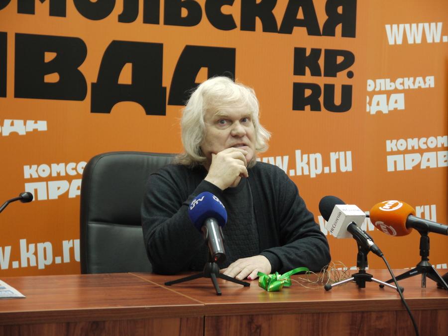 В Перми Юрий Куклачёв пытался дрессировать журналистского кота - фото 1
