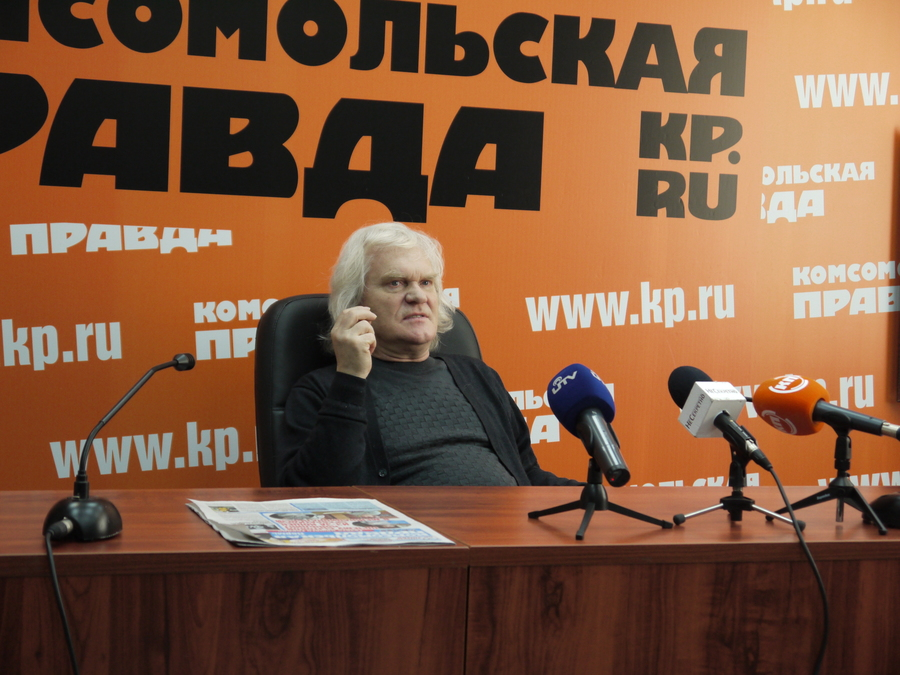 В Перми Юрий Куклачёв пытался дрессировать журналистского кота - фото 9