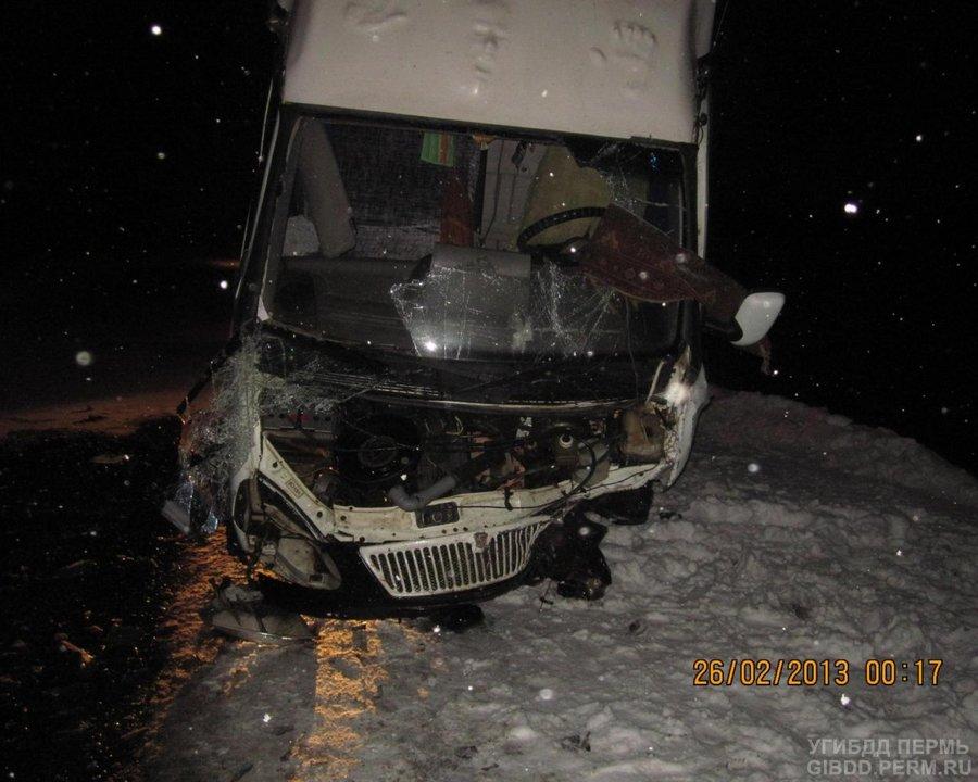 В Чернушинском районе столкнулись Калина и Газель, водитель погиб - фото 1