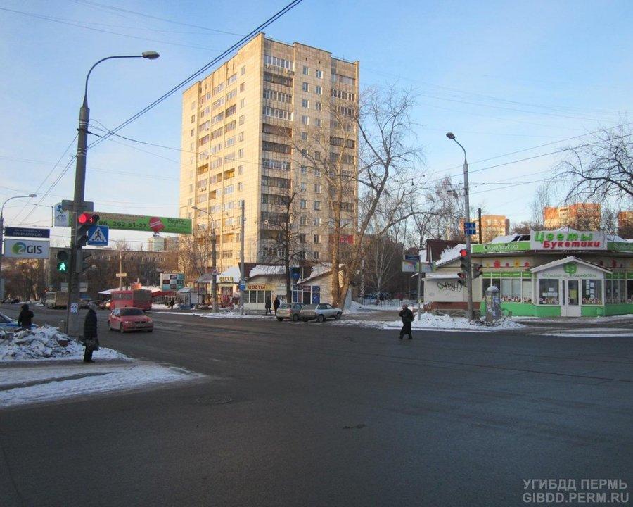 В Перми водитель Киа Церато сбил на переходе маму с двухлетней девочкой - фото 1