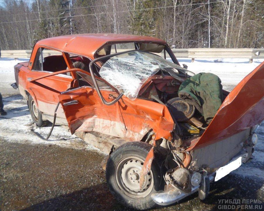 На автодороге Кукуштан — Чайковский «копейка» врезалась в Шевроле Ниву - фото 1