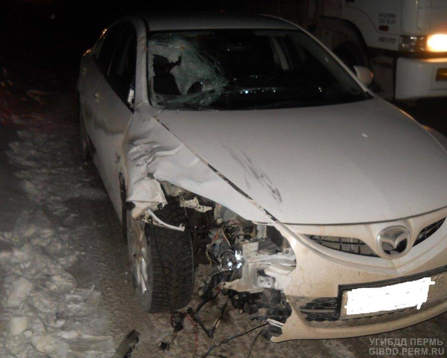 В Краснокамском районе под колесами Мазды погиб пешеход