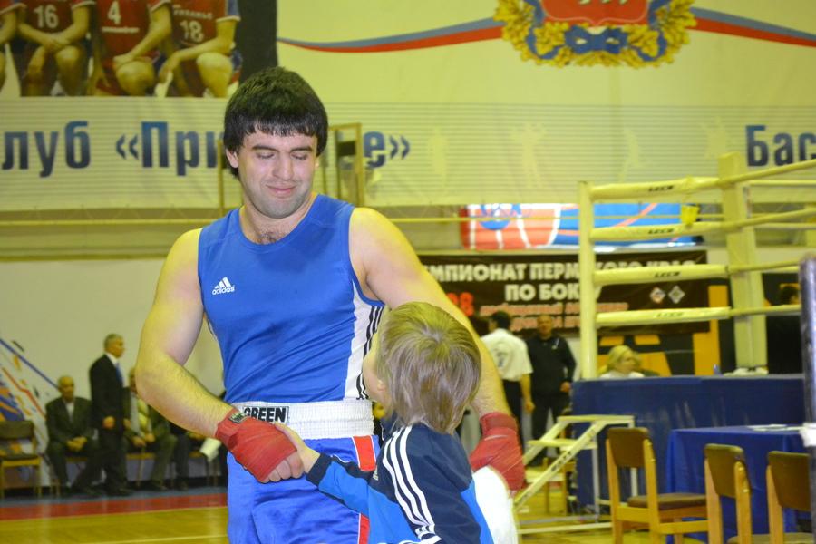 В Перми боксеры взбудоражили зрителей