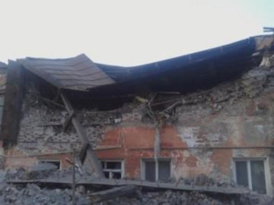 В Кунгуре обрушился дом, двое детей погибли - фото 1