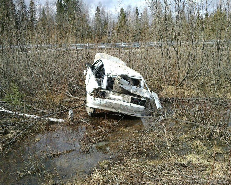 В Горнозаводском районе женщина-водитель перевернула автомобиль