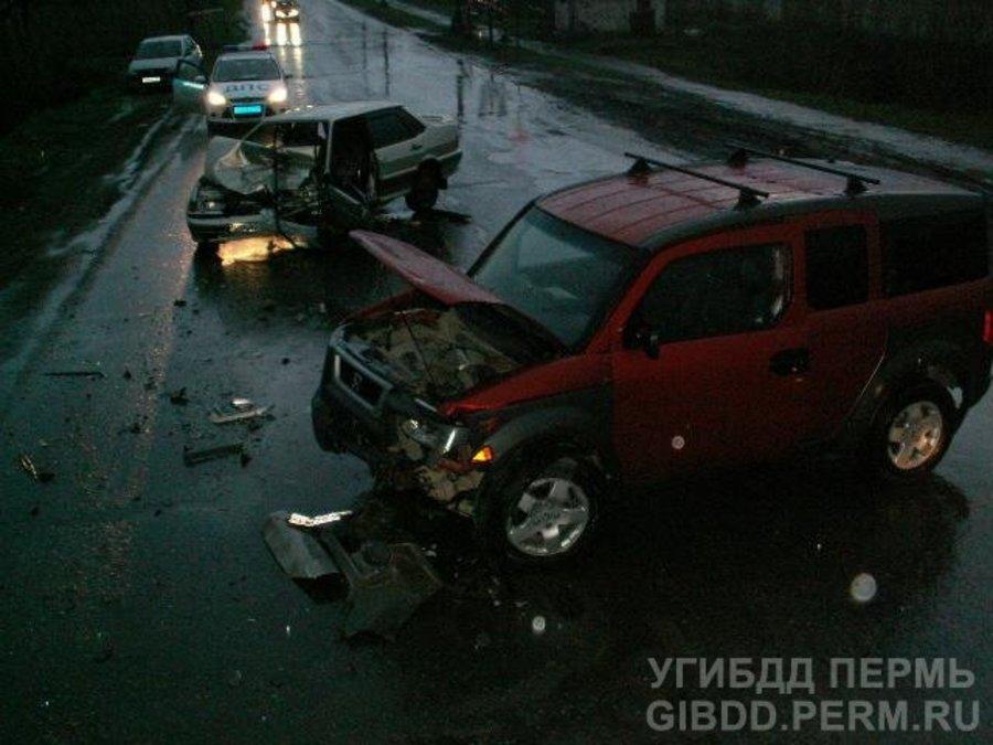 В Краснокамске в ДТП травмировано три человека, девушка — в коме - фото 1