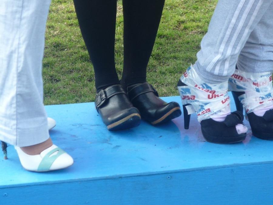 В Перми красавицы устроили гонки на каблуках