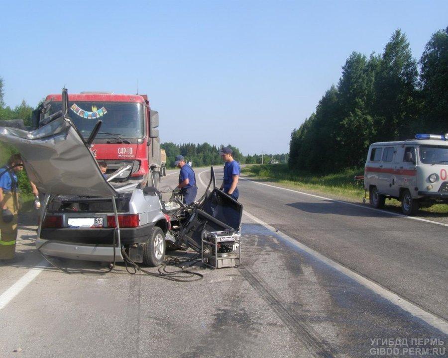 На трассе Полазна — Чусовой погибли студенты сельхозакадемии - фото 1