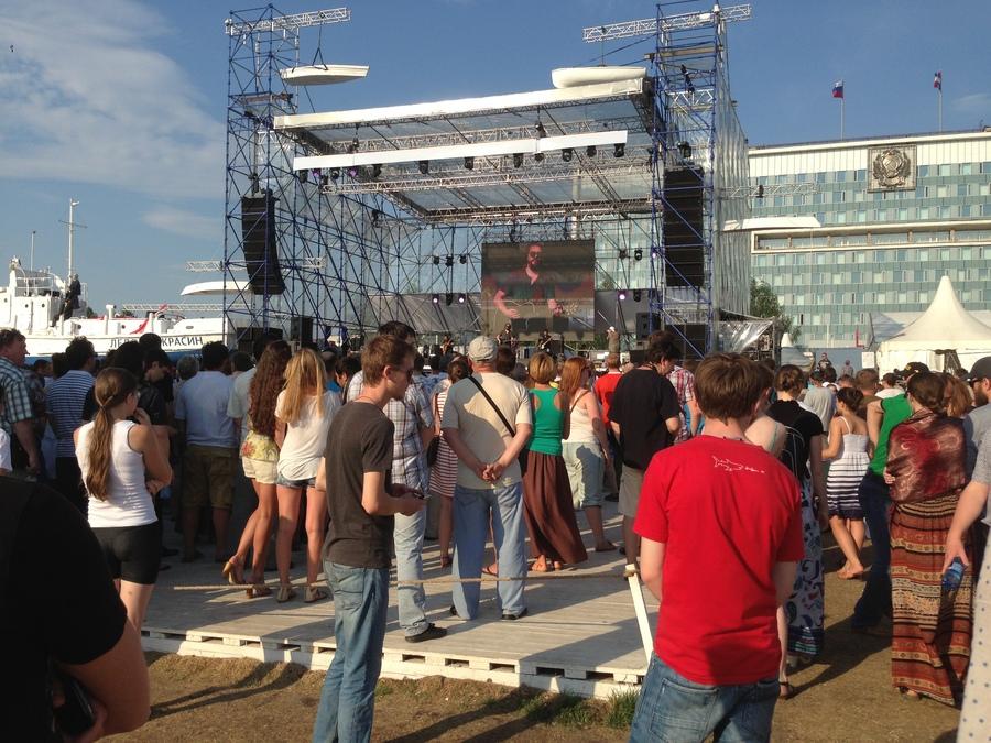Настоящий русский рок исполнили на «Белых ночах»