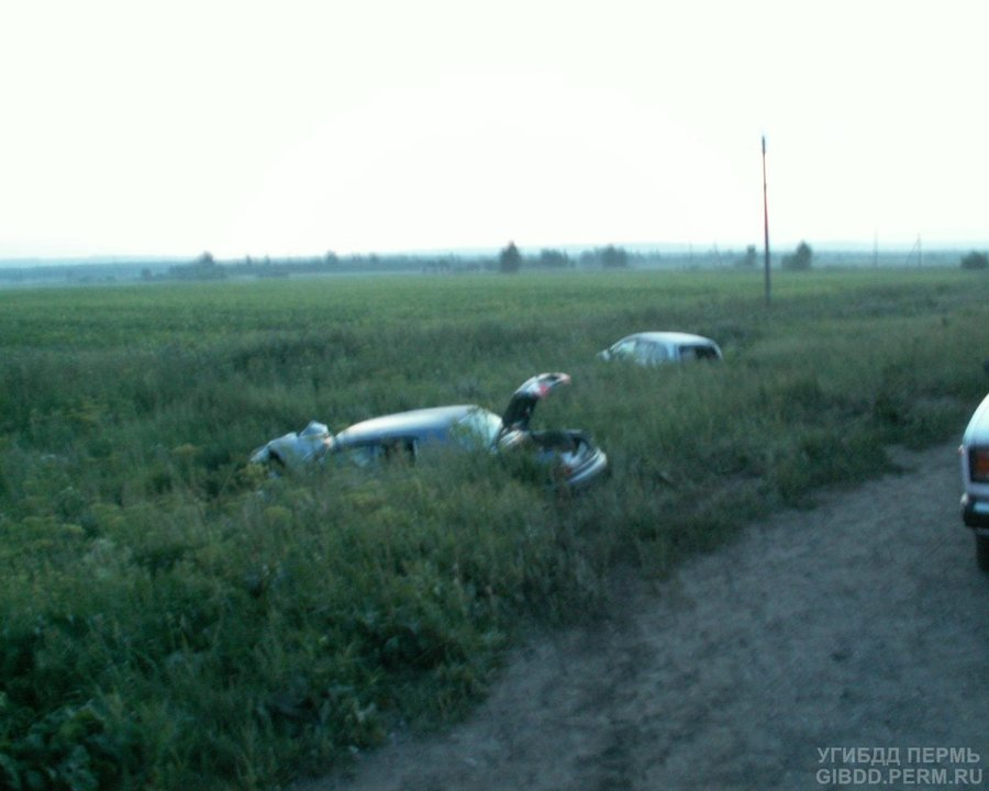 В Краснокамском районе в ДТП погиб водитель Волги, два человека травмированы
